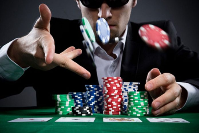 Poker Math: Each Choice Can Be According To Pot Odds